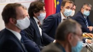 """De kappers mogen open, maar wie nog? """"Het gaat lelijk clashen op het Overlegcomité"""""""