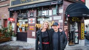"""Dit café bestaat nog maar 10 jaar en behoort nu al tot het erfgoed: """"Wereldnieuws dankzij Victor Campenaerts"""""""