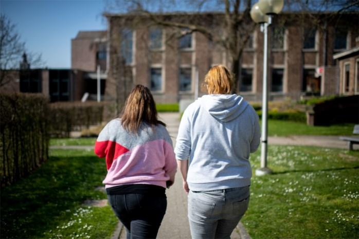 """Psychiaters trekken aan alarmbel: """"Tsunami van jongeren met psychiatrische problemen op komst door coronacrisis"""""""