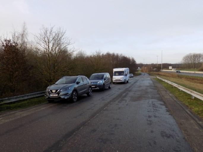 Parkeerregeling aan Grotenhoutbos wijzigt door groot aantal wandelaars