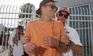 """Just litTle avoCado tequila"" Dronken Tom Brady gooit met Super Bowl-trofee op bootfeestje"