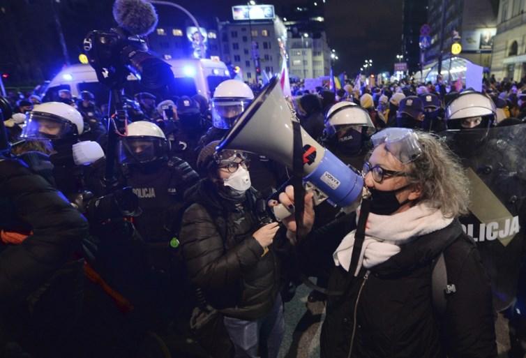Organisatrice van abortusbetogingen in Polen riskeert 8 jaar cel