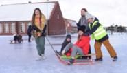 """Zonder gevaar glijden op het ijs: """"We schaatsen op onze schoenen"""""""