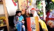 """Tine, Katrien en Lauren zijn klaar om carnaval te vieren in de zetel: """"Maar het pikt en het zal <I>zjier </I>doen"""""""