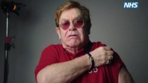 """Elton John spot met zichzelf in promofilmpje voor vaccin: """"I'm still standing!"""""""