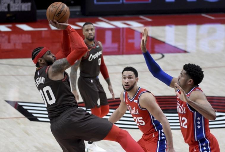 Stephen Curry scoort gemiddeld 30 punten in NBA: deze keer zijn het er 40, waaronder tien driepunters...