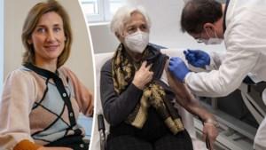 Franse Hoge Gezondheidsraad wil maar één dosis vaccin geven aan ex-coronapatiënten: kan dat hier ook?