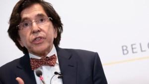 Di Rupo en De Sutter: verbod op niet-essentiële reizen mogelijk vóór 1 april ingetrokken