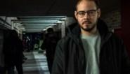 """Spaanse rapper sluit zichzelf op in universiteit om te ontsnappen aan celstraf: """"Ze zullen mij hier buiten moeten sleuren"""""""