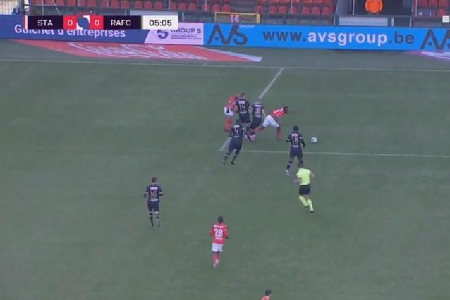 """Referee Department: """"Strafschop Standard terecht, juiste beelden ontbraken in Beerschot"""""""