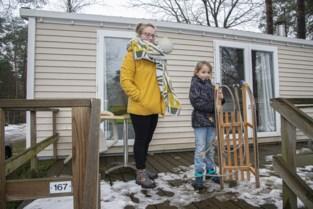 """Eerste kampeerders gespot: """"Liever hier in de sneeuwpap dan twee hoog in Hoboken"""""""