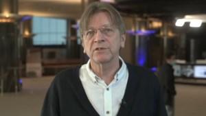 """Guy Verhofstadt over de vaccinatiestrategie van de EU: """"Het is een fiasco"""""""