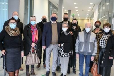 """Wie de groep verlaat is """"in handen van Satan"""": ex-leden willen veroordeling van Jehovah's Getuigen"""