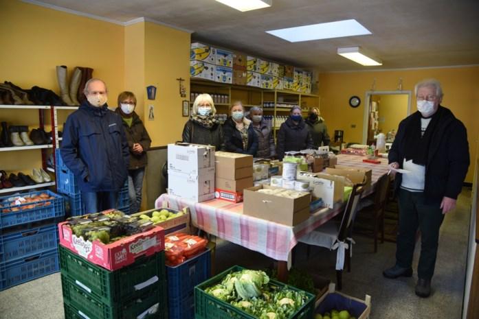 """Steeds meer mensen hebben hulp nodig van voedselbank: """"Er komen maandelijks gezinnen bij"""""""