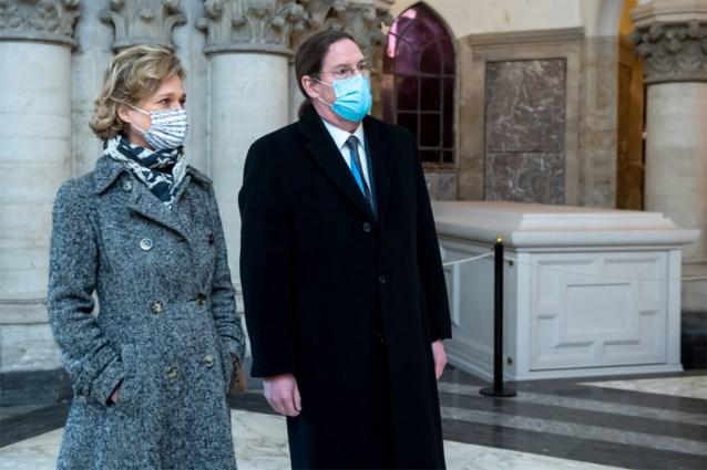 Prinses Delphine aanwezig op officiële herdenkingsplechtigheid overleden leden van de Koninklijke Familie