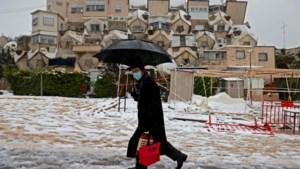 Jeruzalem bedekt onder zeldzaam laagje sneeuw