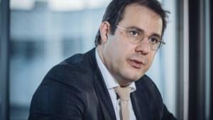 """Minister David Clarinval (MR): """"Versoepelingen coronamaatregelen kunnen niet wachten tot paasvakantie"""