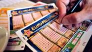Hoe groot is de kans dat je 210 miljoen euro wint met EuroMillions? En welke cijfers kies je het best?