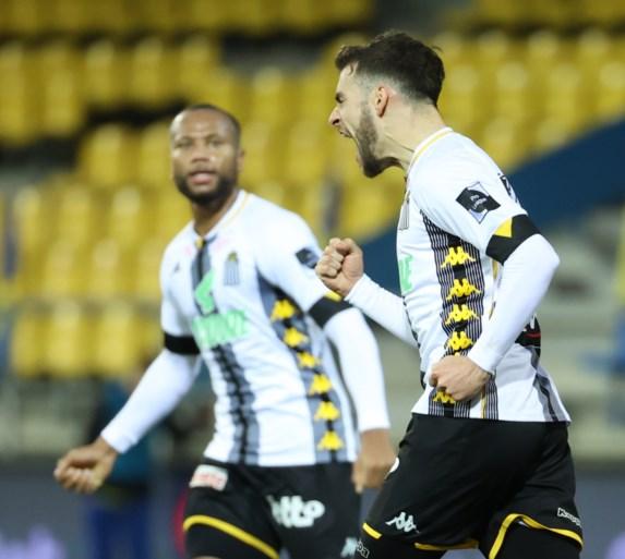 Waasland-Beveren geeft zege tegen Charleroi uit handen en is opnieuw de rode lantaarn