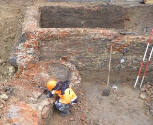 Sporen van bronstijd en middeleeuwen aan Oude Vestenstraat