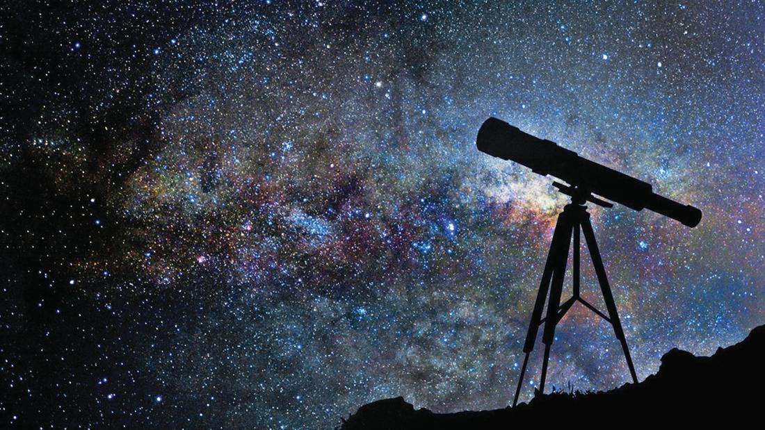 Corona doet ons naar de hemel kijken: verkoop van telescopen schiet de hoogte in - Het Nieuwsblad