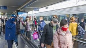 Opnieuw mooie lentedag: NMBS vraagt voorzichtigheid, burgemeester Oostende roept op om rustigere plaatsen op te zoeken