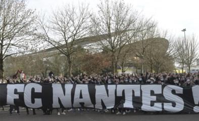 Supporters van Ligue 1-club Nantes protesteren tegen hun voorzitter en Mogi Bayat