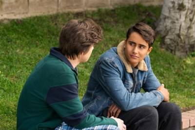 RECENSIE. 'Love, Victor S1' op Disney Plus: Dit mogen de kinderen niet zien ***