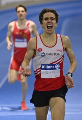 """John Heymans (Daring Leuven) verrast met titel op 3.000 meter: """"Ik loop tot ik er bij neerval"""""""