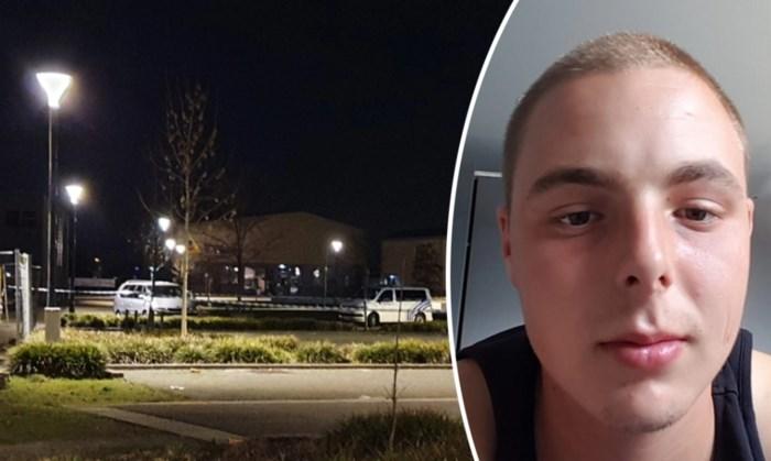 """Jonge vader (22) sterft na steekpartij op parking middelbare school: """"Verschrikkelijk voor zijn zoontje"""""""