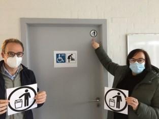 Stomavriendelijke toiletten in gemeentelijke zalen en gemeentehuis