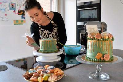 Zangeres Lissa Lewis oogst applaus met haar taarten