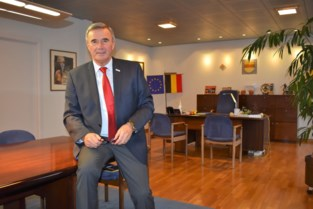 Hendrik Verkest wordt ereburgemeester