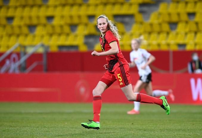 """Féli Delacauw: """"Ontzettend blij met eerste minuten bij de Red Flames"""""""