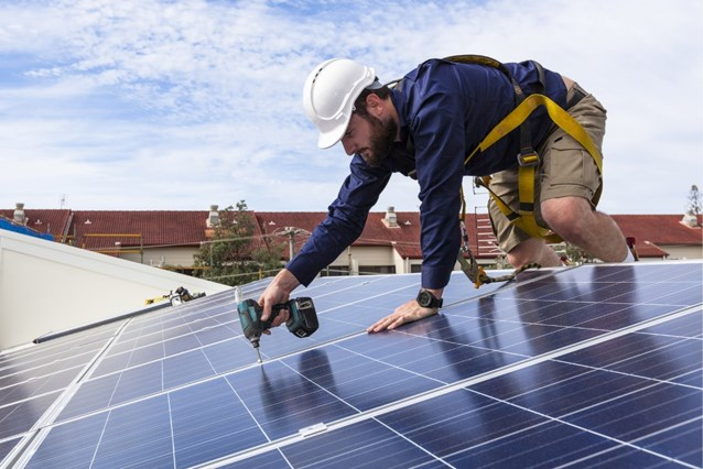Minister Marghem moest met Vlaanderen onderhandelen over zonnepanelen