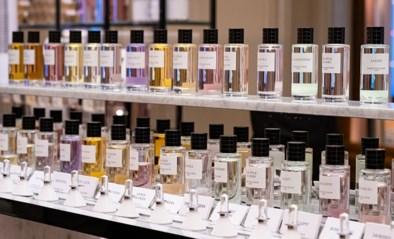 Dior brengt documentaire 'Nose' uit over zijn meester-parfumeur