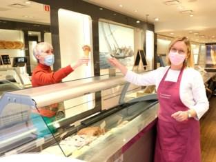 """Zuivelhoeve opent pop-up in Kattestraat: """"Uitstekende start met mooie weer"""""""