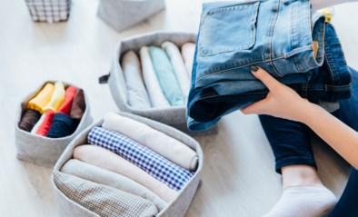 Met deze plooitip voor jeansbroeken maak je meer plaats in je kleerkast
