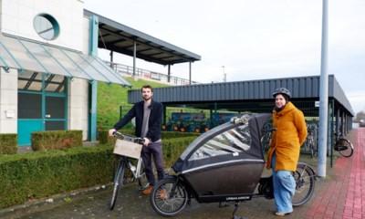 """Groen vraagt extra fietsenstallingen: """"Nergens plaats voor bakfietsen of fietskarren"""""""