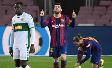 Lionel Messi leidt Barcelona voorbij Elche met twee goals en is opnieuw topschutter in La Liga