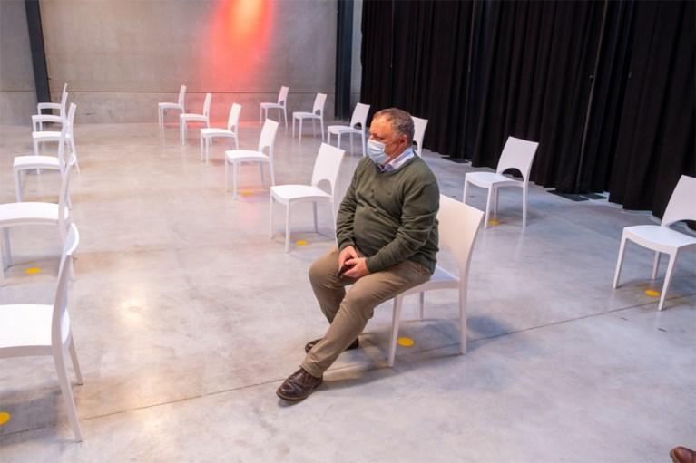 Marc Van Ranst is bijna 56 en heeft zich toch bewust laten vaccineren met AstraZeneca