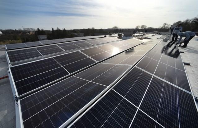 """Lachaert: """"Steunmechanisme zonnepanelen is niet voldoende"""""""