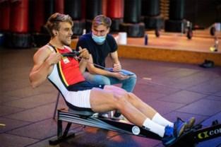 Wereldkampioen indoor roeien vanuit hal 2 van het Houtemveld