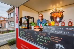 Foodtruck voor unieke pizzahoorntjes is door corona tijdelijk meeneemrestaurant