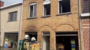 Huis onbewoonbaar door zware brand
