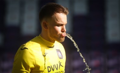 CLUBNIEUWS. Wellenreuther blijft in doel bij Anderlecht, enkele nieuwe namen in de basis bij Genk