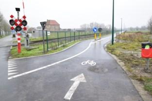 """Lievegem wil fietspad langs spoorlijn snel doortrekken naar Sleidinge: """"We voorzien 370.000 euro voor aankoop van gronden"""""""