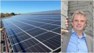 """Steenbakkerij zet met 2.200 zonnepanelen volop in op groene stroom: """"Maar we kijken ook naar wind en water"""""""