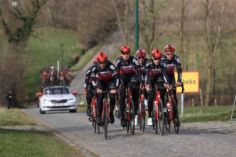 Wereldkampioen Alaphilippe verkent in zijn eentje Omloop Het Nieuwsblad, Philippe Gilbert neemt Lotto Soudal op sleeptouw