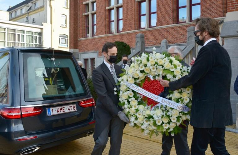 Leopold Lippens in alle sereniteit begraven, met laatste prachtige hulde aan 'zijn' stadhuis